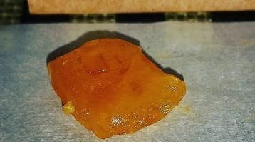 concentrate-1000mg-1g-sunrock-shatter-gelato