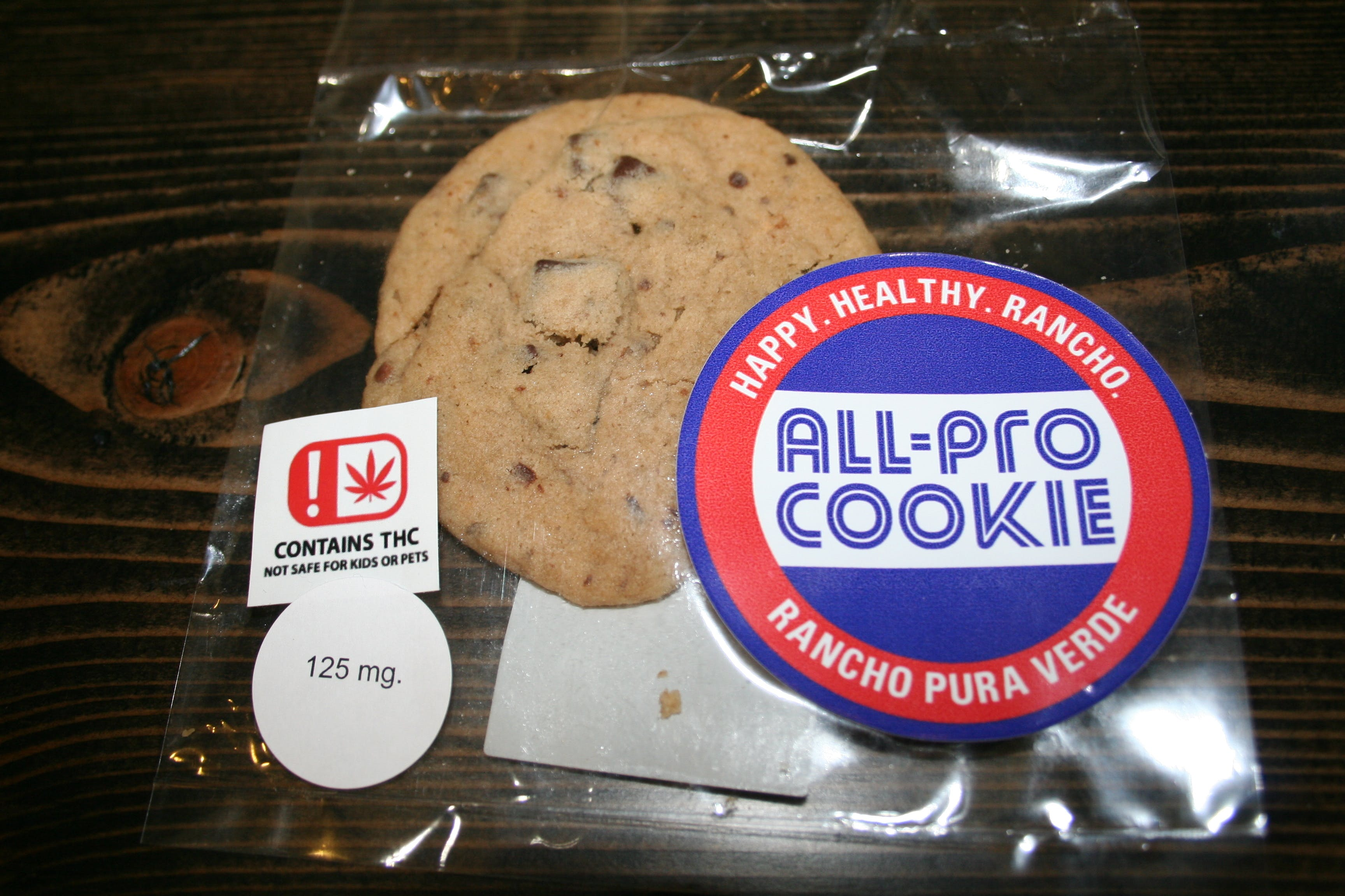 edible-all-pro-chocolate-chip-cookie-125-mg