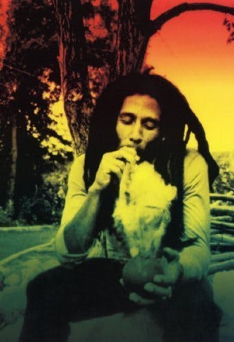 gear-ashtray-bob-marley