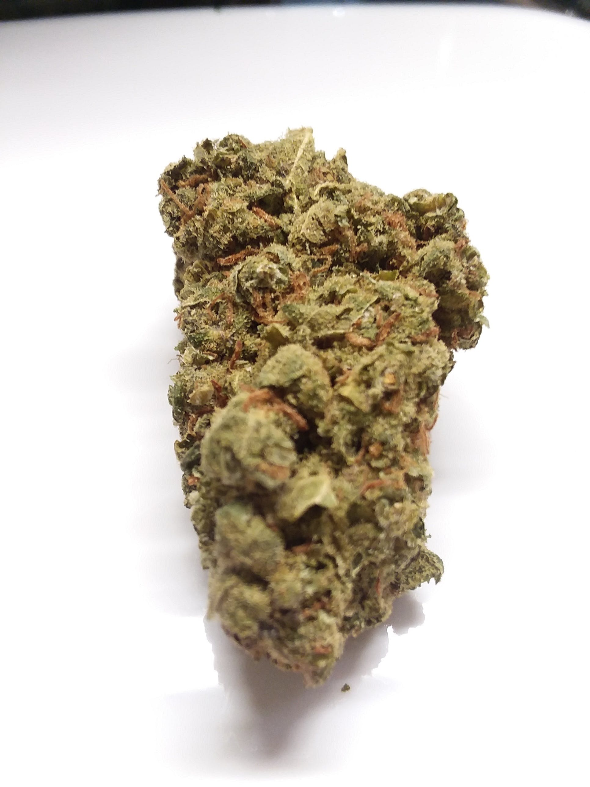marijuana-dispensaries-ismoke420-in-fallbrook-berry-kush