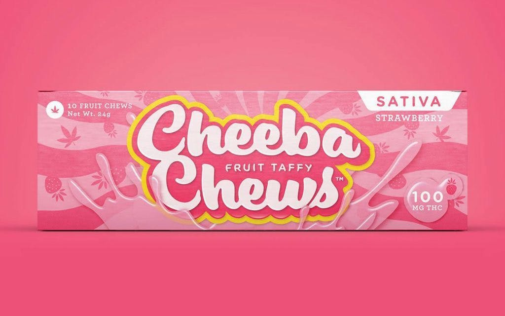 edible-cheeba-chew-sativa-strawberry-taffy-100mg