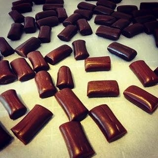 edible-chocolate-chews-taffy