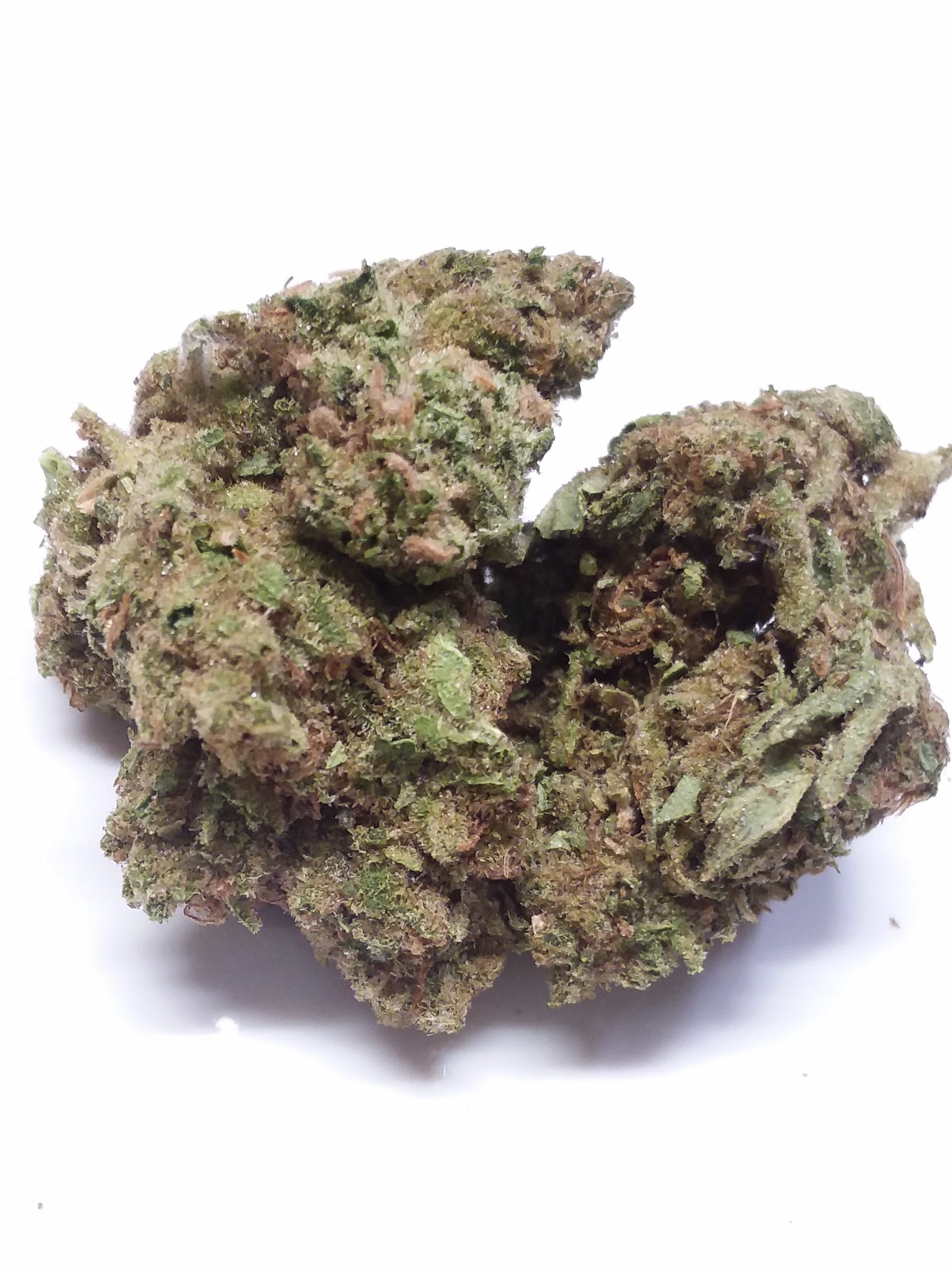 marijuana-dispensaries-thc-35-cap-open-to-2am-in-los-angeles-godfather-og