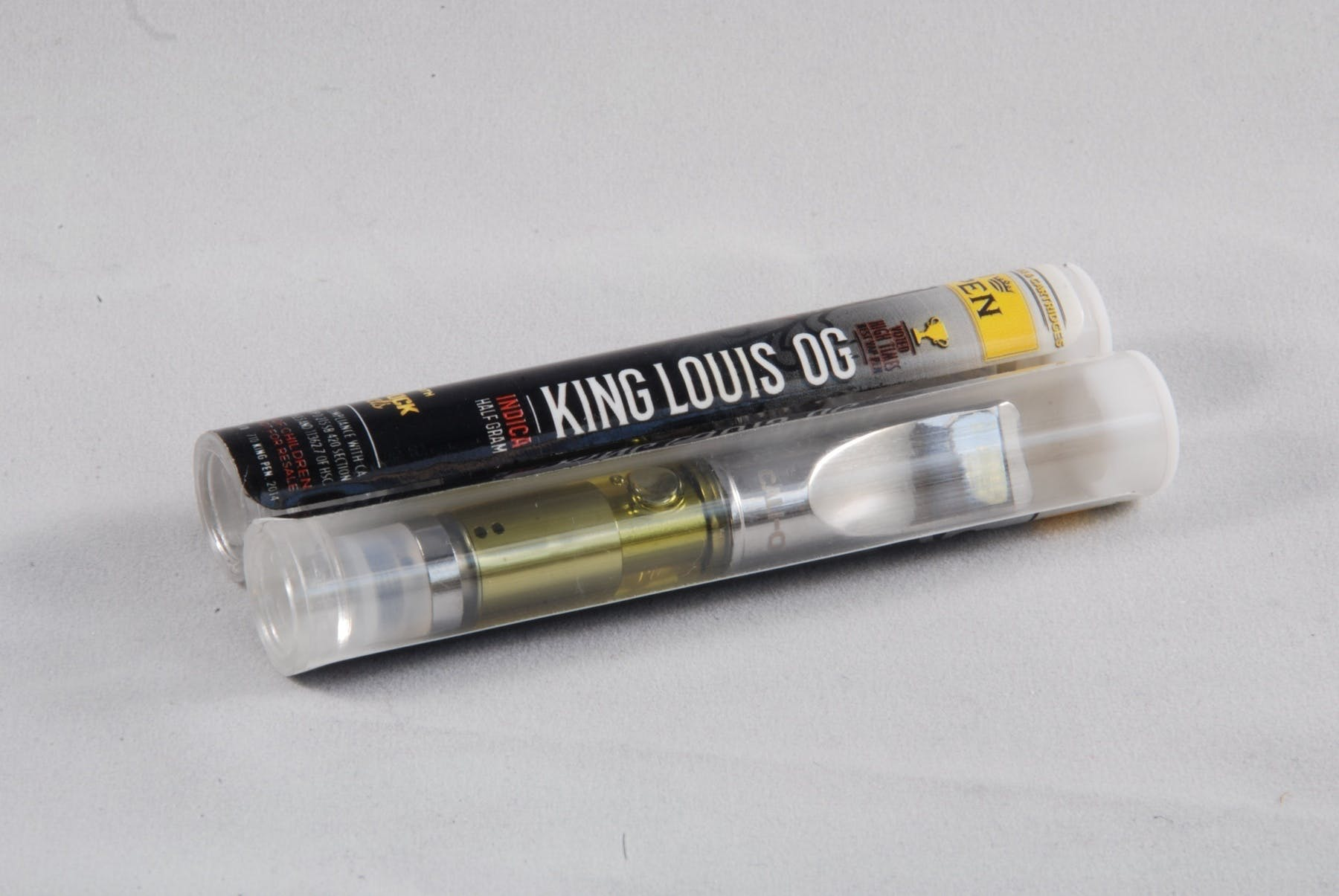 marijuana-dispensaries-pineapple-club-30-cap-in-redondo-beach-kingpen-king-louis-og-cartridge
