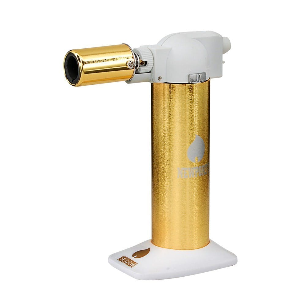 gear-newport-zero-butane-6-cigar-torch-white-a-gold