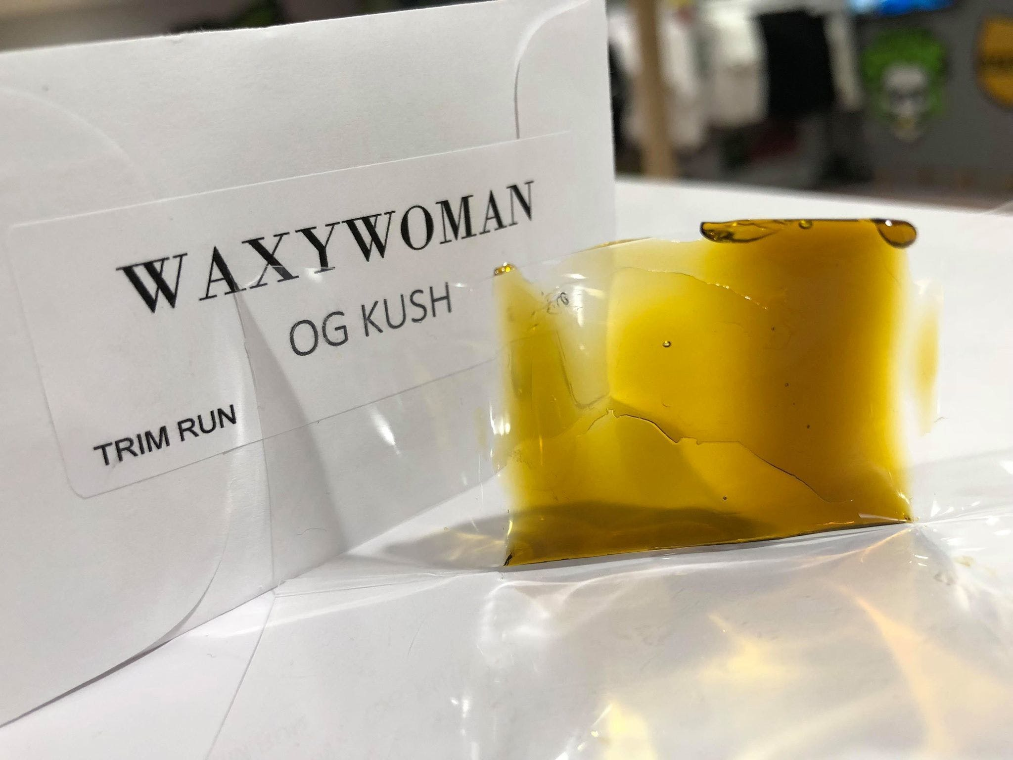 concentrate-waxy-woman